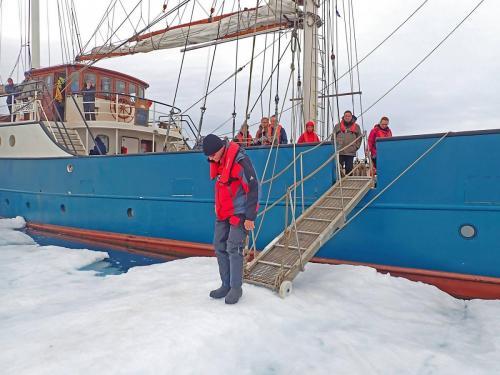 Ausstieg im Eis