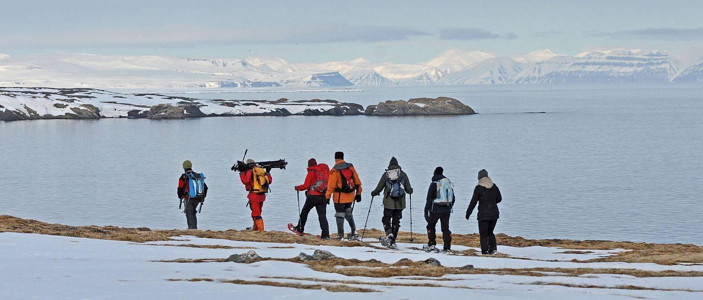 Schneeschuhwandern im Eisfjord